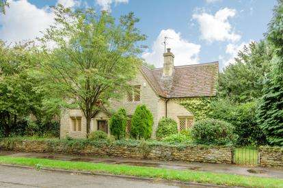 House for sale in Church Lane, Oakley, Bedford, Bedfordshire