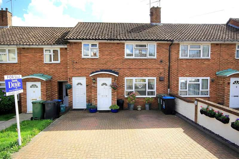 3 Bedrooms House for sale in 3 BED WITH PARKING HP1 POSTCODE