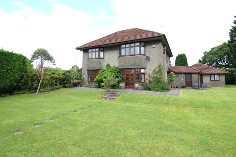4 Bedrooms Detached House for sale in Newport Road, Llantarnam, CWMBRAN, NP44