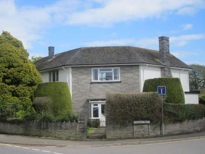 3 Bedrooms Detached House for sale in Miners Way, Liskeard, Cornwall, PL14