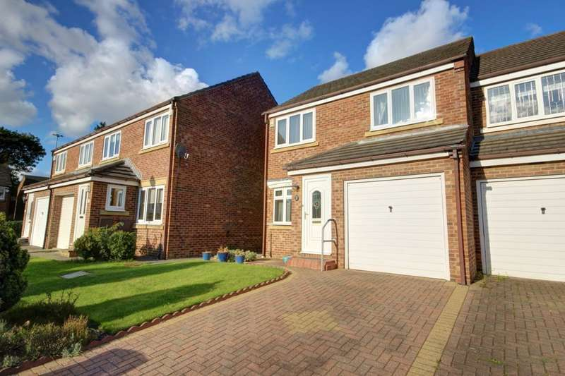 3 Bedrooms Semi Detached House for sale in Longlands Drive, Houghton Le Spring, DH5