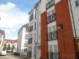 2 Bedrooms Flat for sale in Creine Mill Lane North, Canterbury, Kent