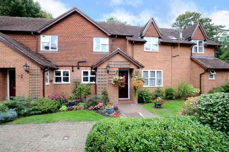 2 Bedrooms Retirement Property for sale in Lakeside, Ewell