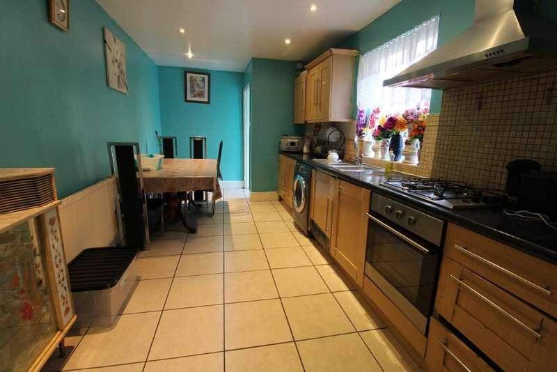 3 Bedrooms Terraced House for sale in Park Lane, Tottenham, London, UK, N17 0JP