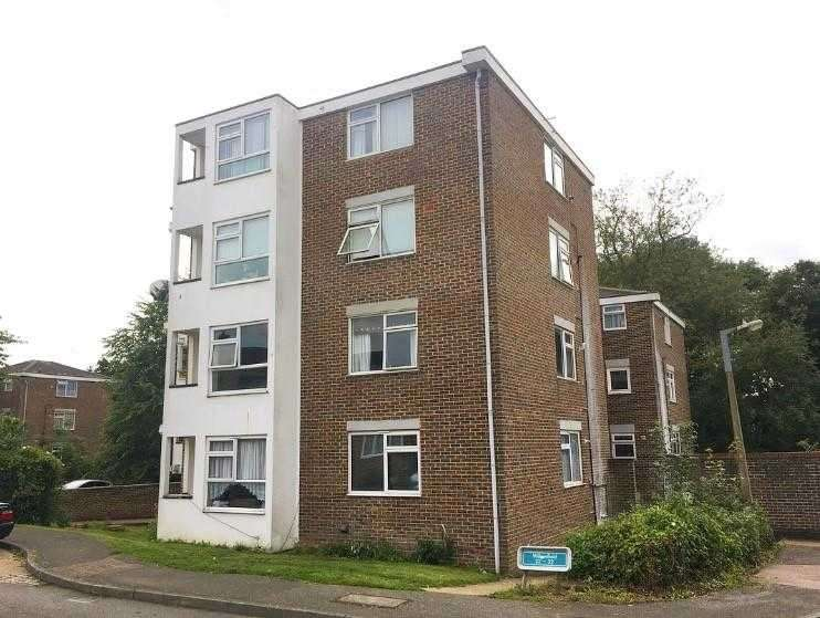 2 Bedrooms Apartment Flat for sale in Willowfield, Harlow