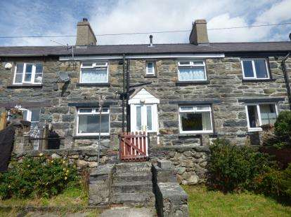 2 Bedrooms Terraced House for sale in Penybryn Terrace, Carneddi, Bethesda, Bangor, LL57