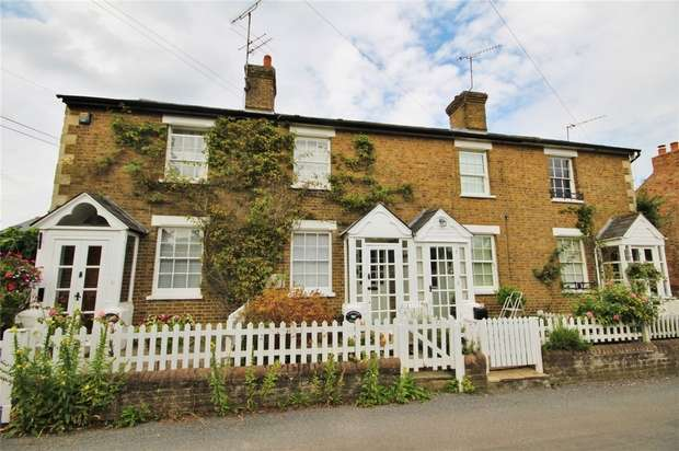 2 Bedrooms Cottage House for sale in Letchmore Cottages, Common Lane, Letchmore Heath, Hertfordshire