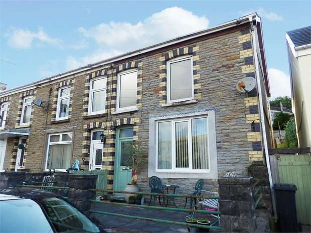 3 Bedrooms End Of Terrace House for sale in Gough Road, Ystalyfera, Swansea, West Glamorgan
