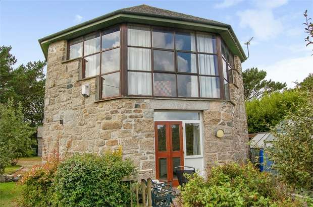 3 Bedrooms Detached House for sale in Hellesveor, Hellesveor, St Ives, Cornwall