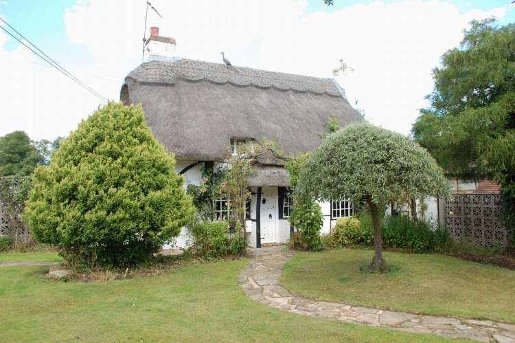 2 Bedrooms Detached House for sale in Coughton Lane Alcester