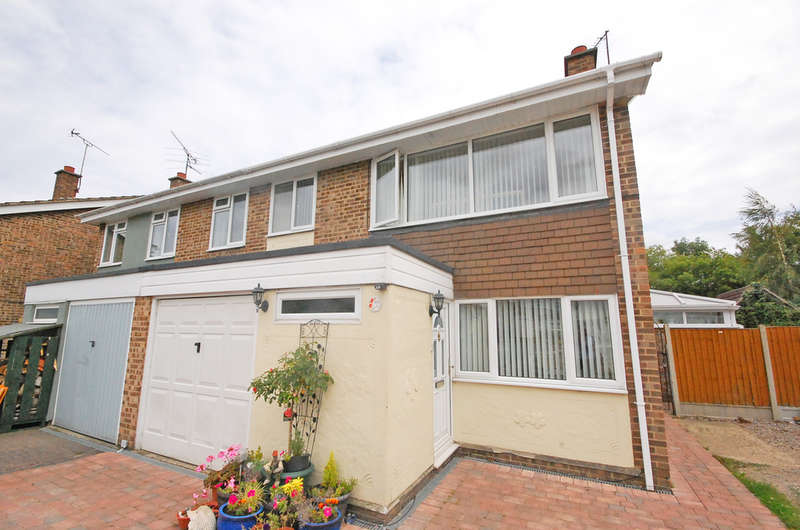4 Bedrooms Semi Detached House for sale in Medley Road, Rayne, Braintree, CM77