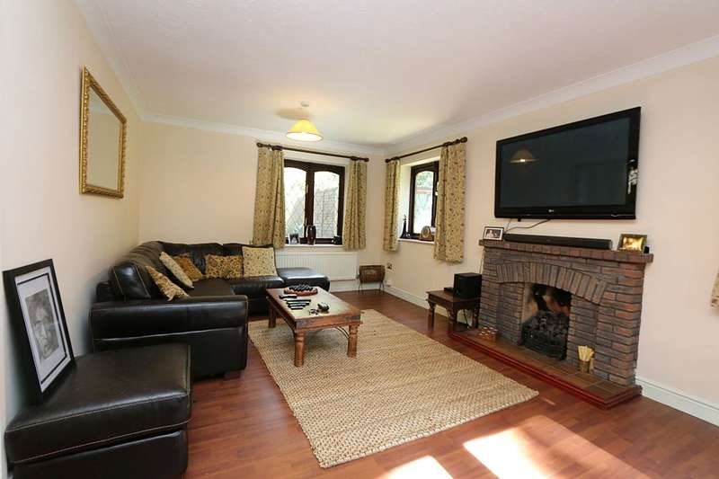 4 Bedrooms Detached House for sale in Lynwood, Vyner Road North, Prenton, Merseyside, CH43