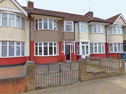 3 Bedrooms Terraced House for sale in Earlsmead, Harrow, Middlesex