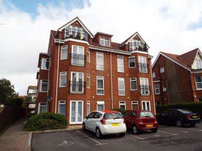 2 Bedrooms Flat for sale in 16 Owls Road, Bournemouth, Dorset