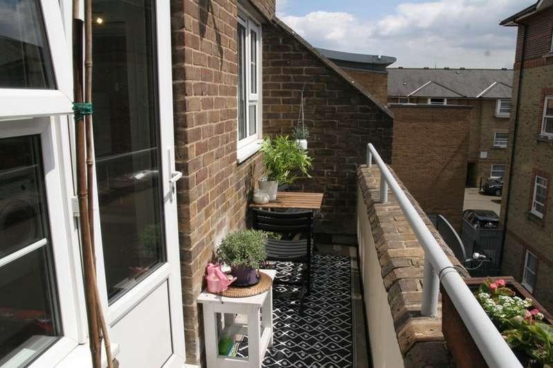 3 Bedrooms Flat for sale in Droop Street, London, London, W10