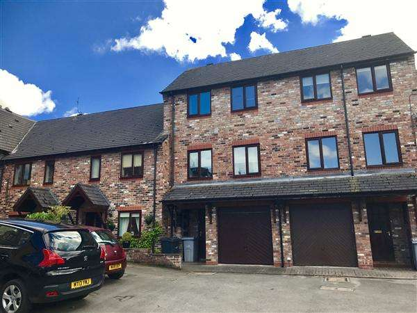3 Bedrooms Town House for sale in Quayside Way, Macclesfield