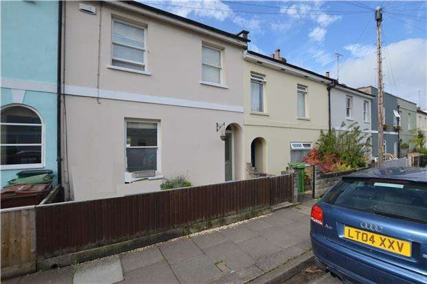 3 Bedrooms Terraced House for sale in Francis Street, CHELTENHAM, Gloucestershire, GL53 7NY