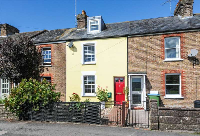 3 Bedrooms Terraced House for sale in Fitzalan Road, Arundel, West Sussex, BN18