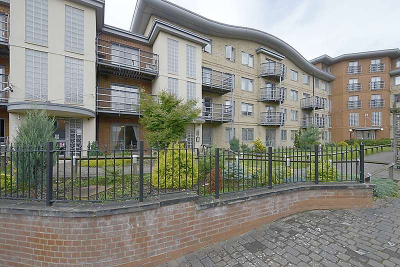 2 Bedrooms Flat for sale in Jubilee Square, Reading, Berkshire, RG1