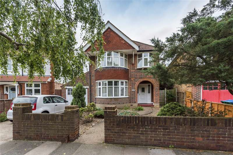4 Bedrooms Detached House for sale in Wellesley Crescent, Twickenham, TW2