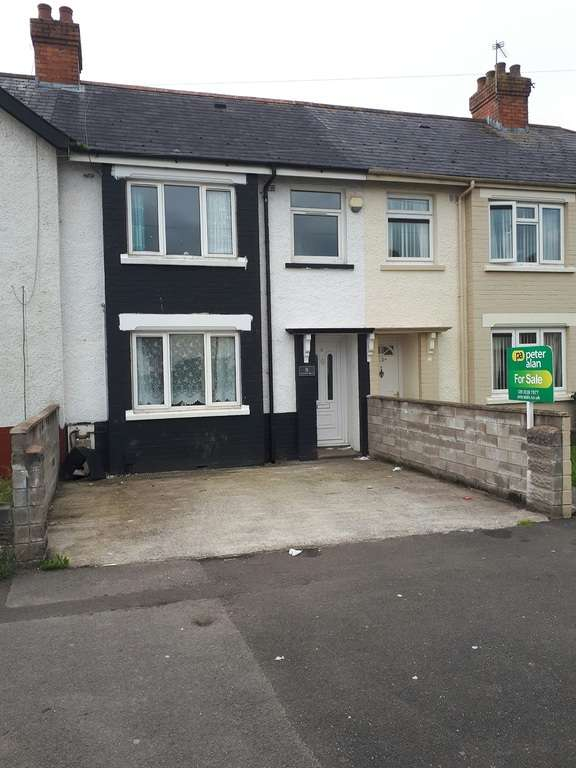 3 Bedrooms Terraced House for sale in Camrose Road, Cardiff