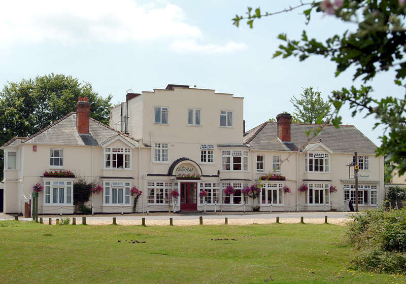 18 Bedrooms Hotel Commercial for sale in BROCKENHURST, Hampshire