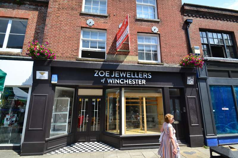 Shop Commercial for rent in 147 High Street, Winchester, SO23 9AY