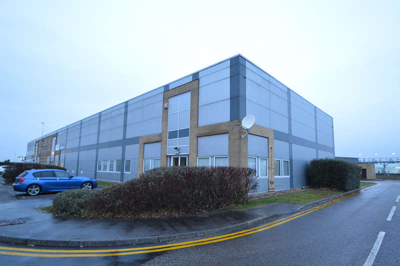 Warehouse Commercial for rent in 3 Brackley Close, Bournemouth Airport, Christchurch, BH23 6SE