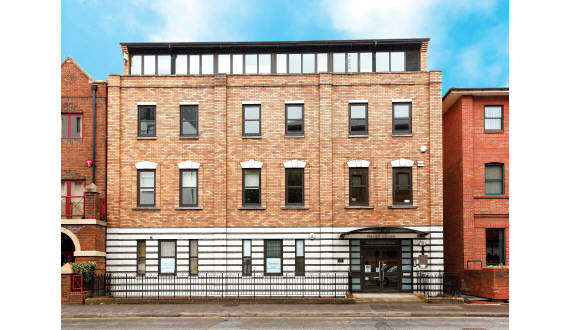 Office Commercial for rent in FIRST FLOOR, HAVELL HOUSE, 62-66 QUEEN'S ROAD, READING, RG1 4AZ, 62-66 Queen's Road, Reading