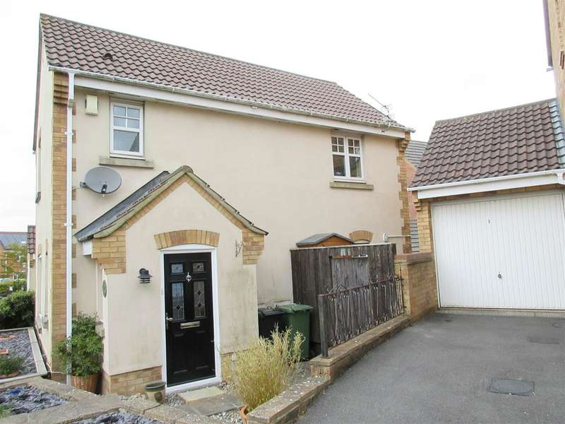 3 Bedrooms Semi Detached House for sale in Mabberley Close, Emersons Green, Bristol