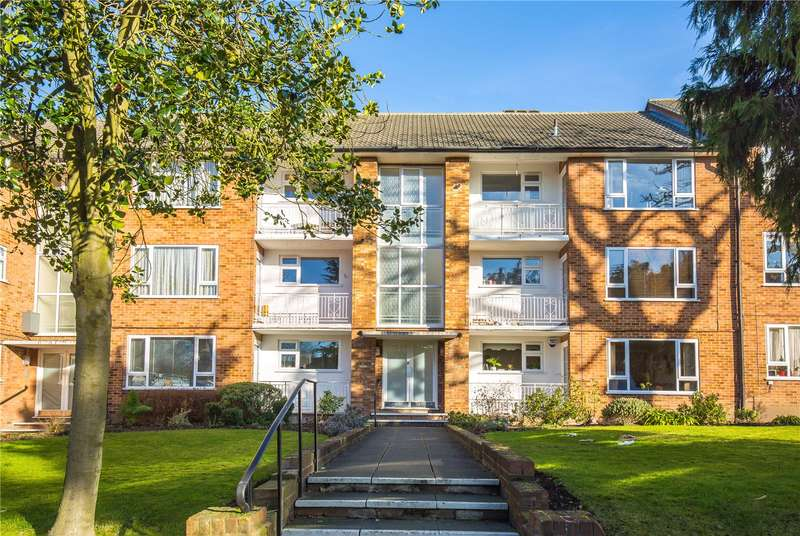 2 Bedrooms Apartment Flat for sale in Green Lawns, West Finchley, London, N12