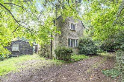 3 Bedrooms Detached House for sale in London Road, Cheltenham, Gloucestershire, Cheltenham