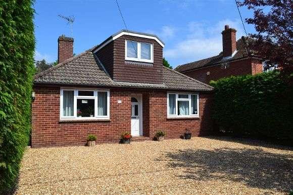4 Bedrooms Detached Bungalow for sale in Burney Bit, Pamber Heath, Tadley