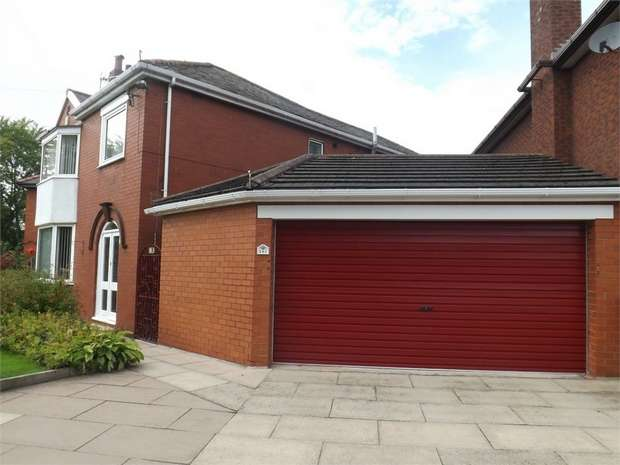 3 Bedrooms Detached House for sale in Kingsway, Widnes, Cheshire