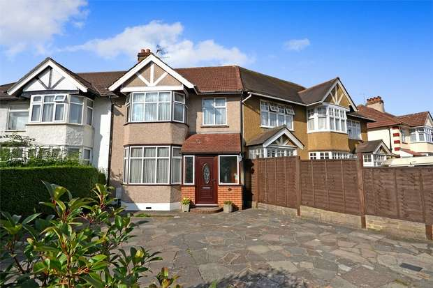 3 Bedrooms Terraced House for sale in Logan Road, WEMBLEY, Middlesex