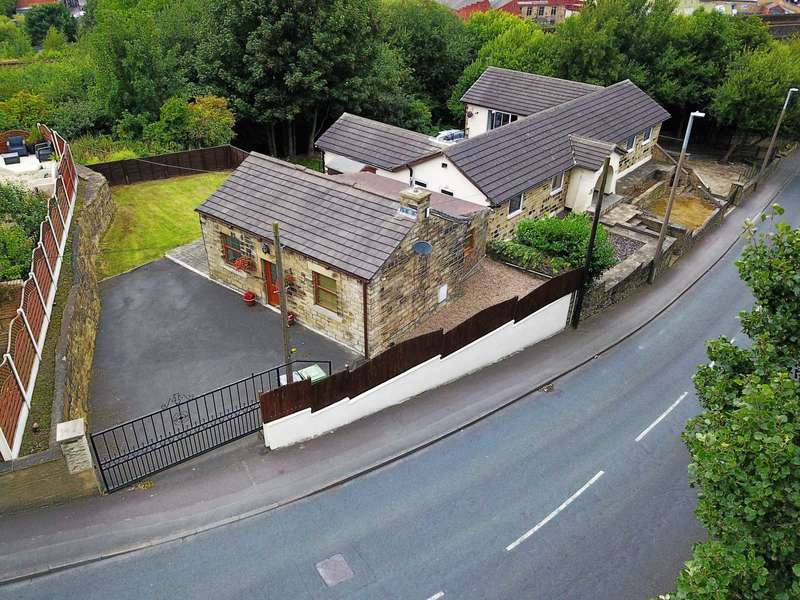 1 Bedroom Detached House for sale in Mill Lane, Batley