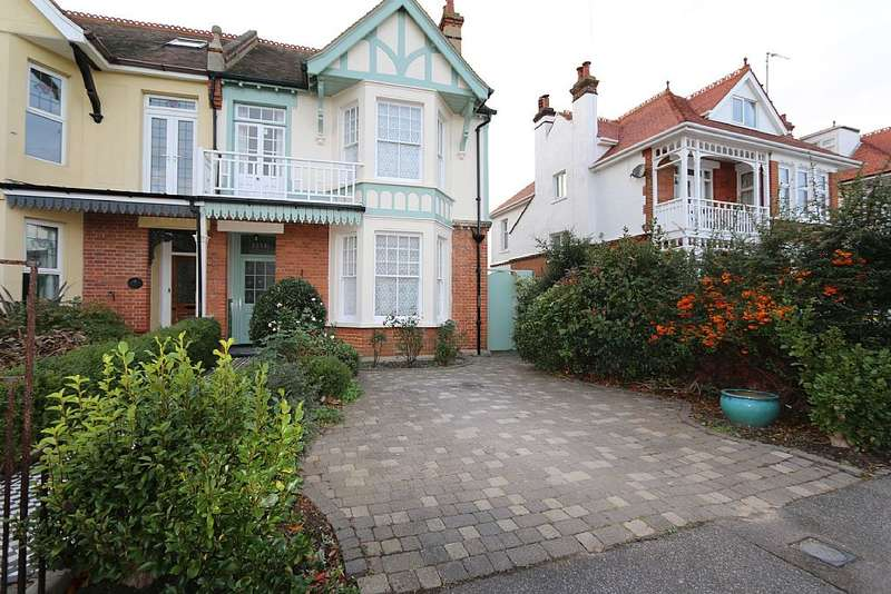 4 Bedrooms Semi Detached House for sale in St. Vincent Road, Clacton-on-Sea, Essex, CO15