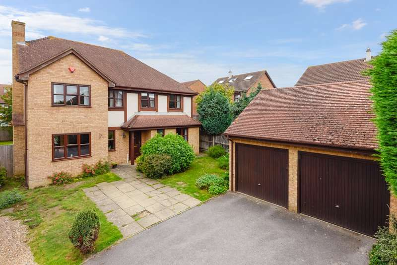 4 Bedrooms Detached House for sale in Shepherds Gate Drive, Weavering, ME14