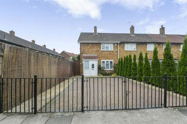 3 Bedrooms End Of Terrace House for sale in Graham Road, London