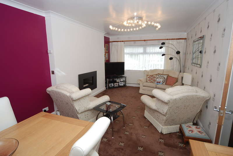 3 Bedrooms Semi Detached Bungalow for sale in Mallard Drive, Walney, LA14 3JR