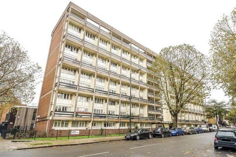 2 Bedrooms Flat for sale in Randolph Gardens, London NW6