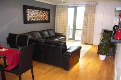 2 Bedrooms Flat for rent in Merchants Quay, East Street, Leeds City Centre