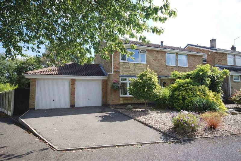 4 Bedrooms Detached House for sale in Rectory Close, Barby, Rugby, Northamptonshire