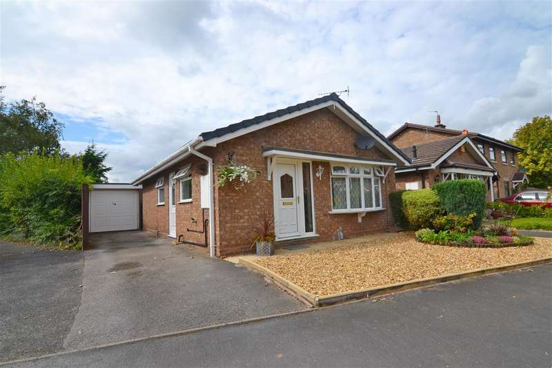 2 Bedrooms Detached Bungalow for sale in Shelmore Way, Stafford