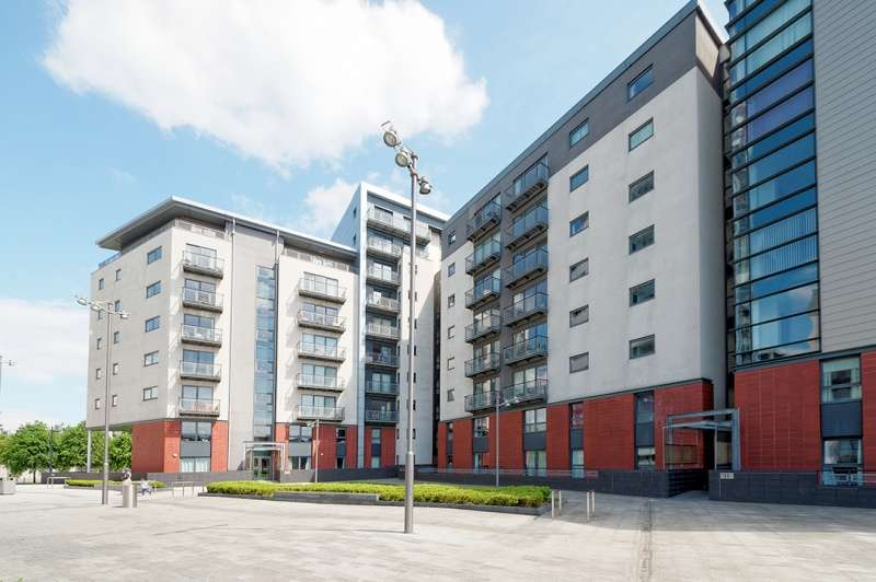 2 Bedrooms Apartment Flat for sale in Glasgow Harbour Terraces, Glasgow Harbour, Glasgow, G11 6BL