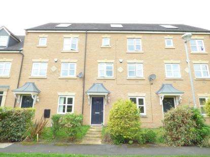 4 Bedrooms Terraced House for sale in Lawnhurst Avenue, Manchester