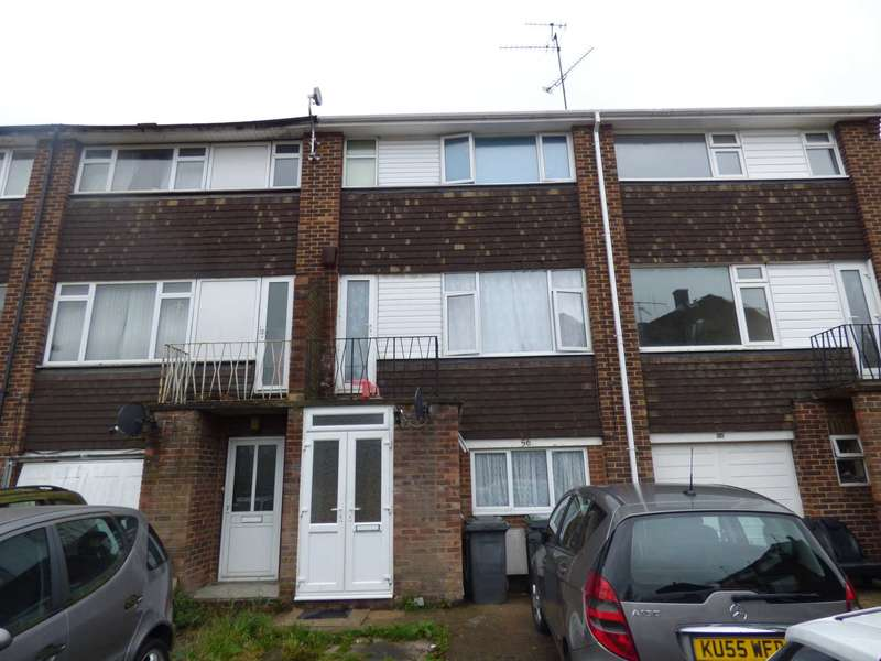 2 Bedrooms Block Of Apartments Flat for sale in Tenby Drive, Luton