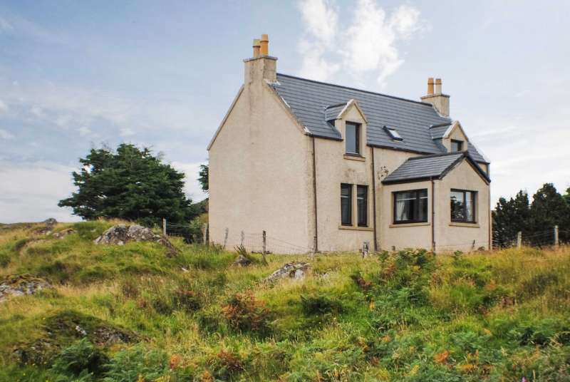 2 Bedrooms Cottage House for sale in Kilmory, Achateny, Acharacle, Argyll, PH36 4LG