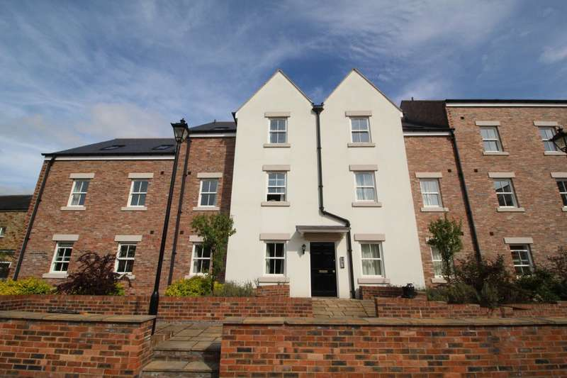 2 Bedrooms Flat for sale in Tyne Green Mews, Hexham