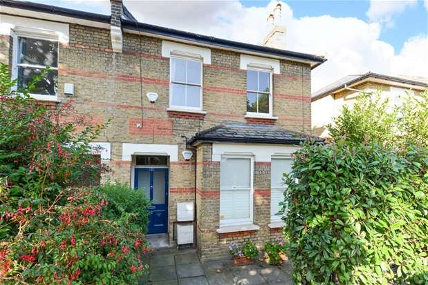 2 Bedrooms Flat for sale in South Croxted Road, Dulwich